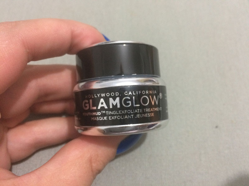 glam-glow-youthmud-mask