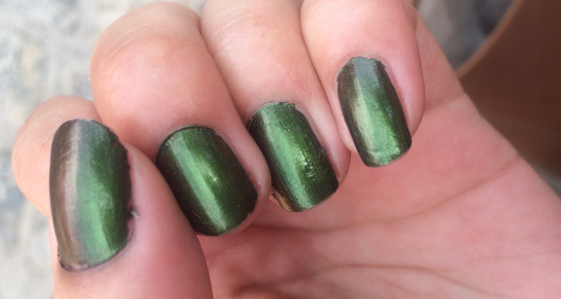OPI-Green-On-The-Runway-Review-swatch