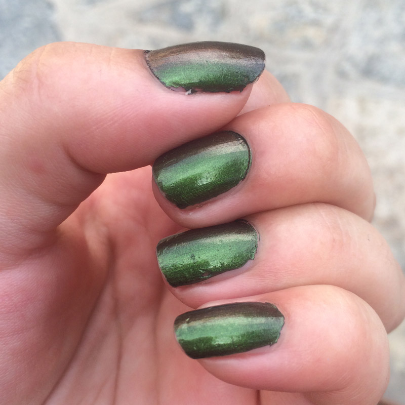OPI-Green-On-The-Runway-swatches