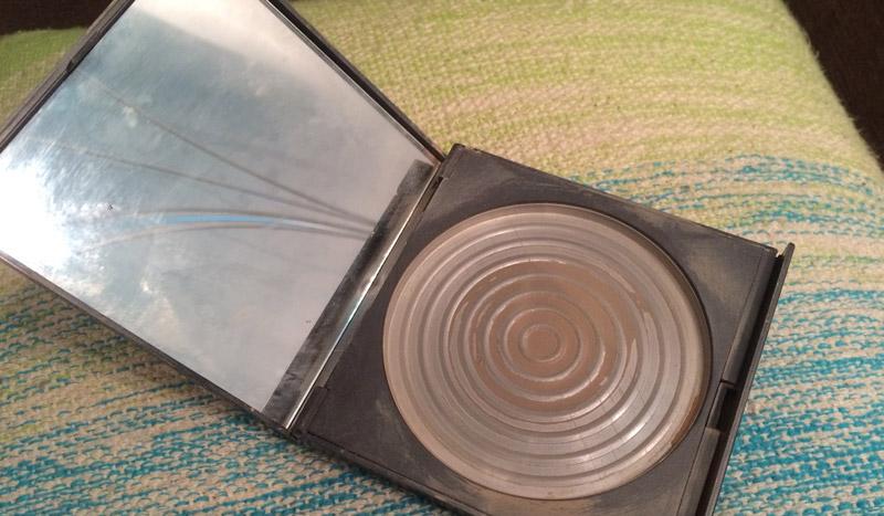 empties-jerome-alexander-mirror-powder
