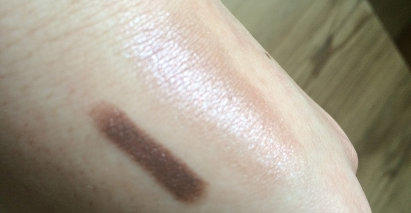kiko-eyeshadow-stick