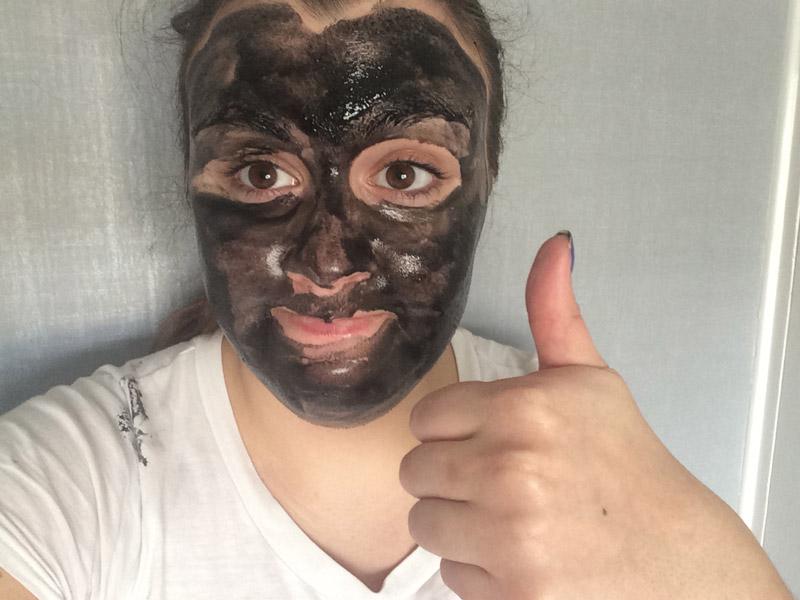 montagne-jeunesse-black-seaweed-peel-off-mask-review