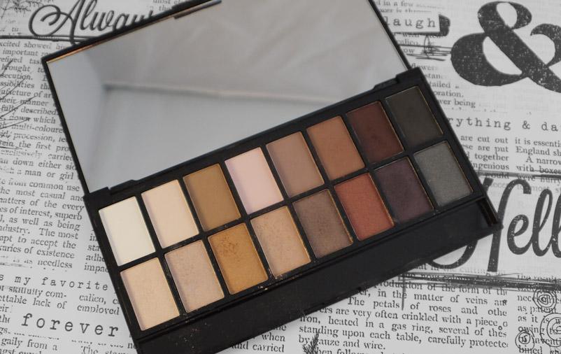 makeup-revolution-iconic-pro-1