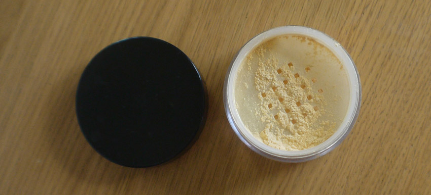 Illamasqua Powdered Metal Highlighter in Ether (Limited Edition, I think!)