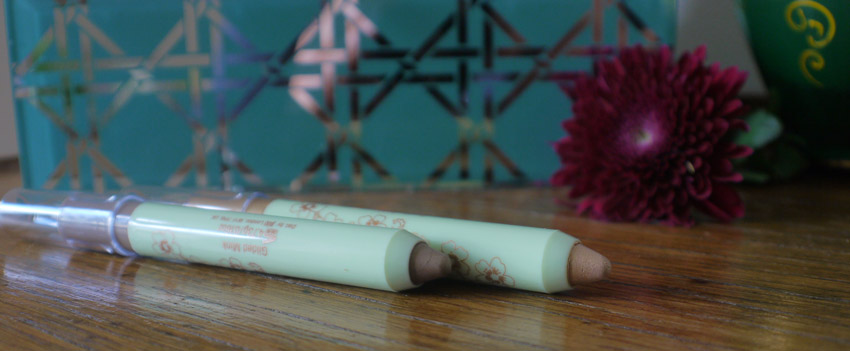 pixi-lid-last-eyeshadow-pen