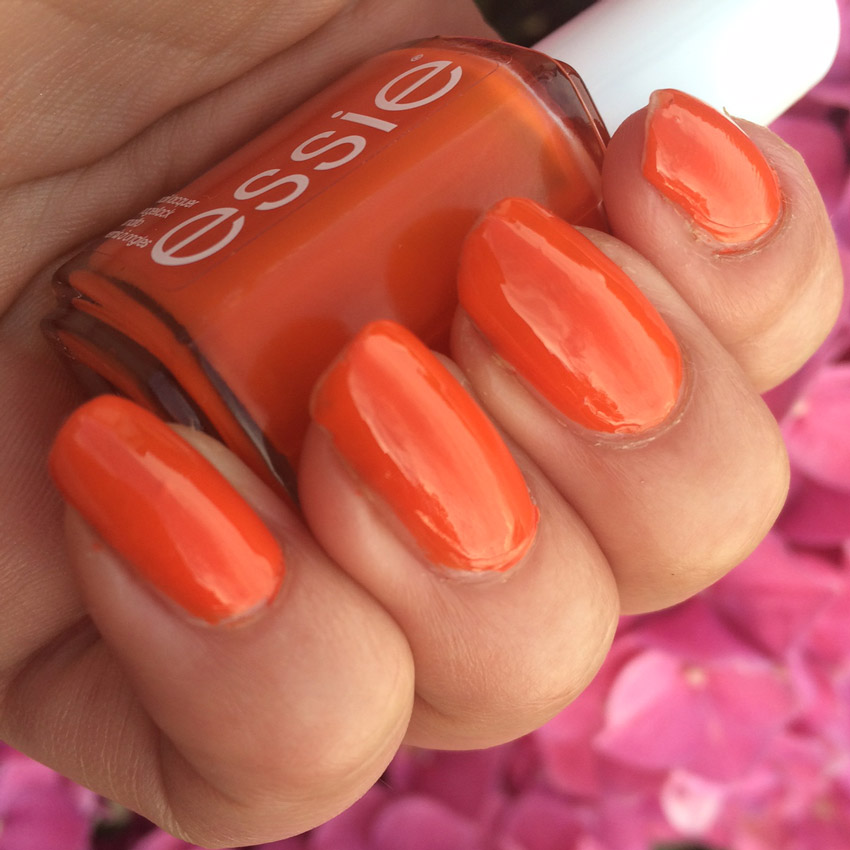 essie-roarange-nail-polish-review-swatch