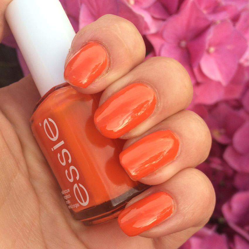 Essie-Roarrrrange-Swatch-Review