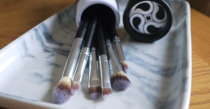 Lamora-brush-set-review