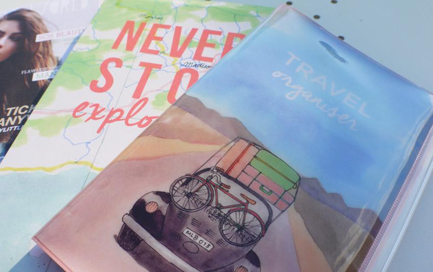 my-little-road-trip-box-july-2015-travel-organiser