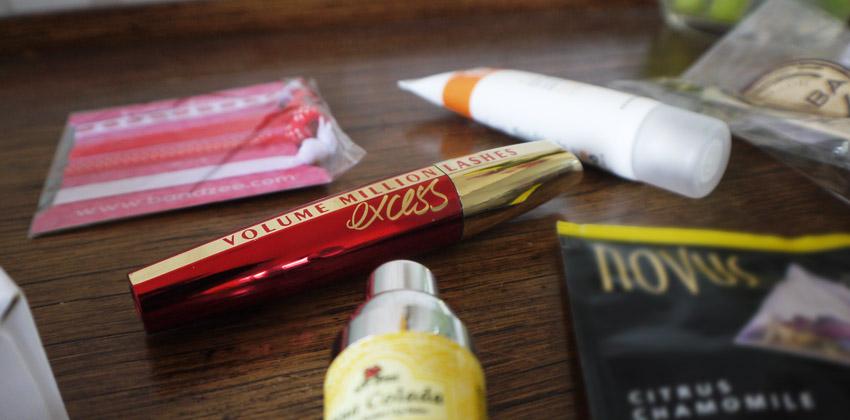 pink-parcel-july-2015-lorealmillionlashesexcess-mascara
