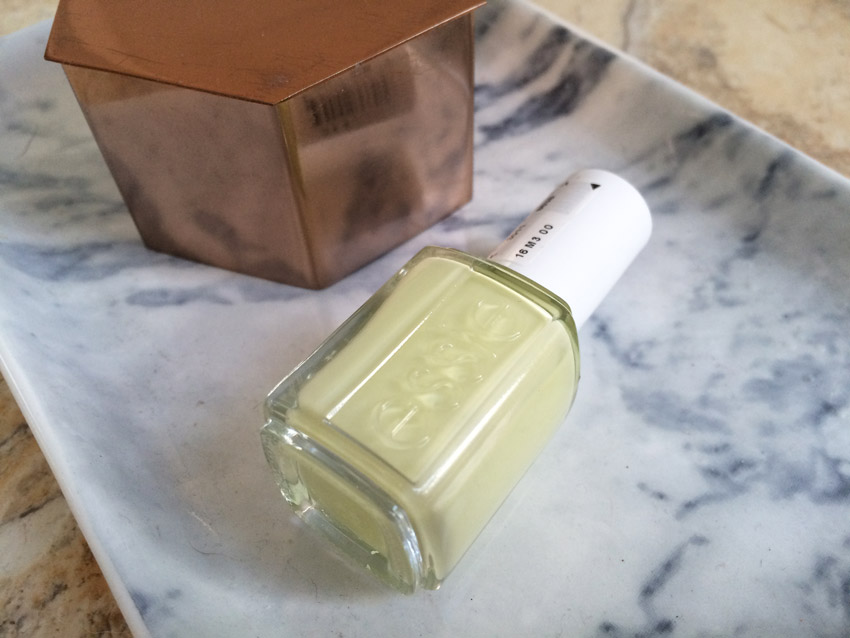 essie-chillato-review-swatch