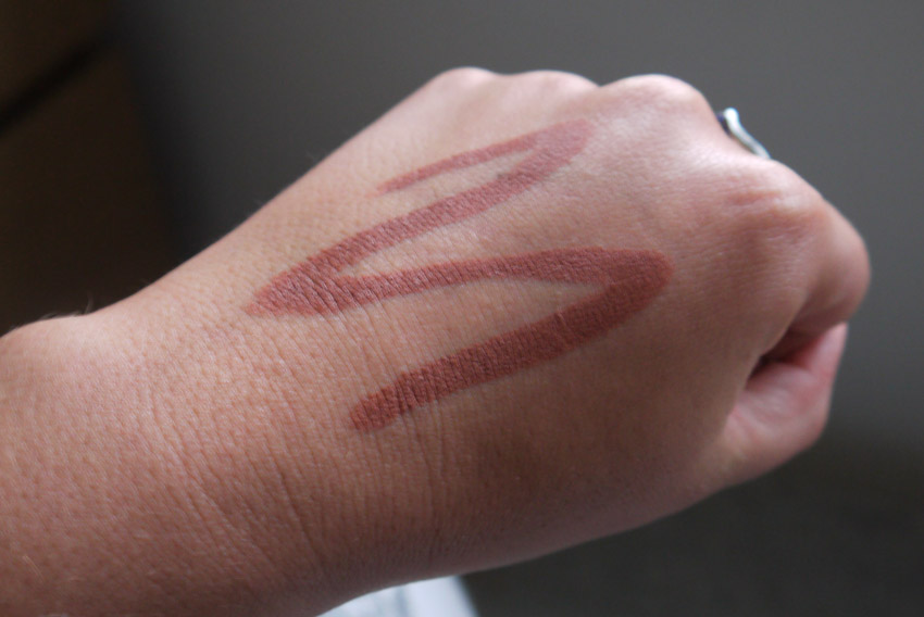 makeup-revolution-matt-malibu-the-one-stick-swatch-review