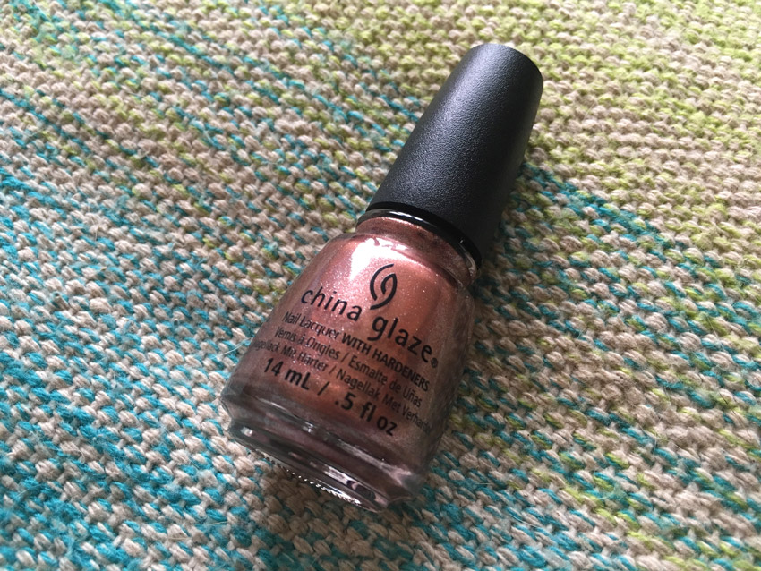china-glaze-meet-me-at-the-mirage