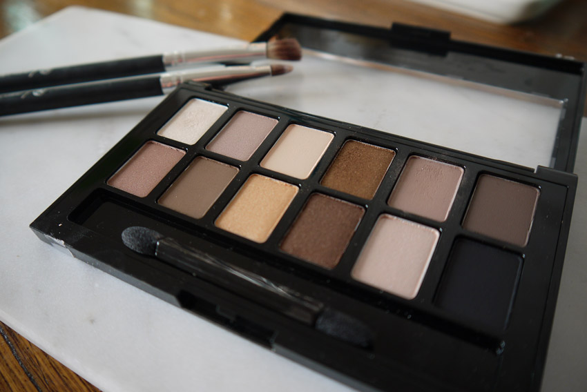 maybelline-the-nudes-eyeshadow-palette-review