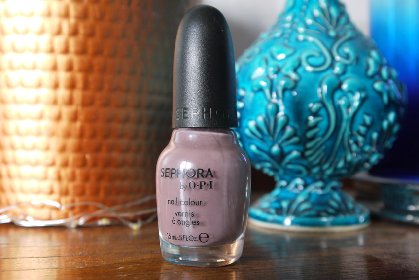 sephora-opi-metro-chic-nail-polish-review