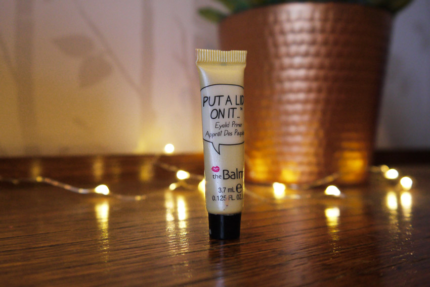 the-balm-put-a-lid-on-it-eyelid-primer-review