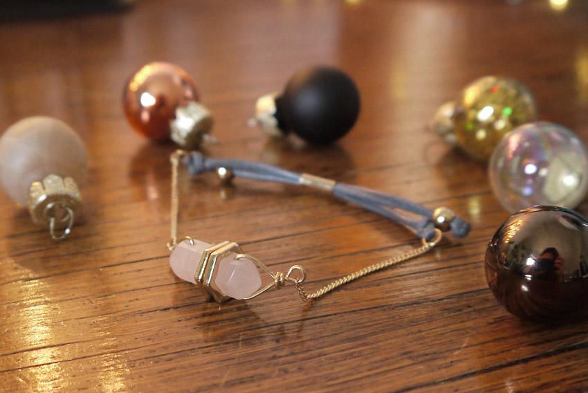love-me-beauty-december-2015-bracelet
