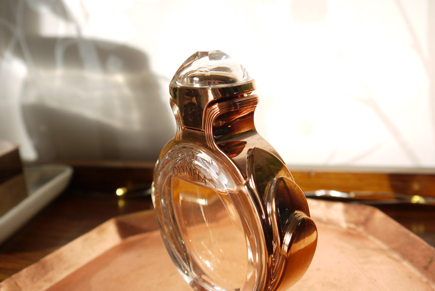 paco-rabanne-olympea-perfume-bottle