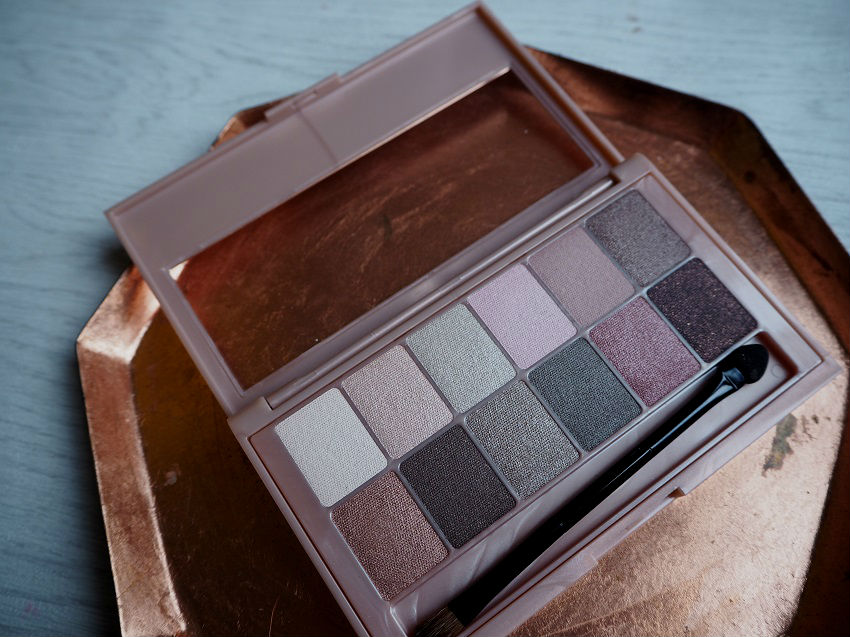 maybelline-the-nudes-blushed-review-swatch