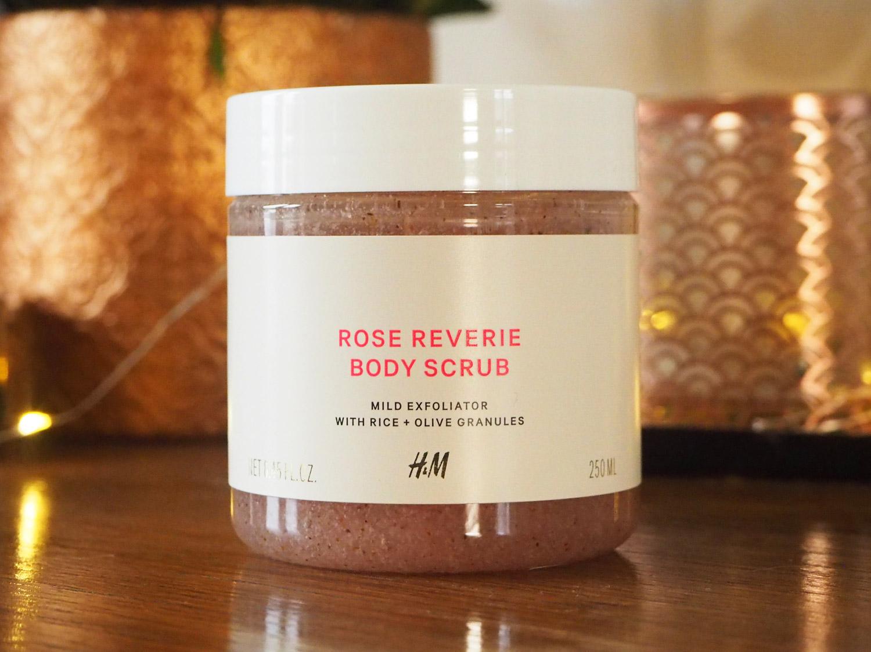 h-and-m-rose-reverie-exfoliator-body-scrub