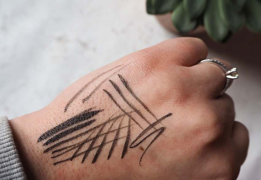kat-von-d-tattoo-liner-swatches