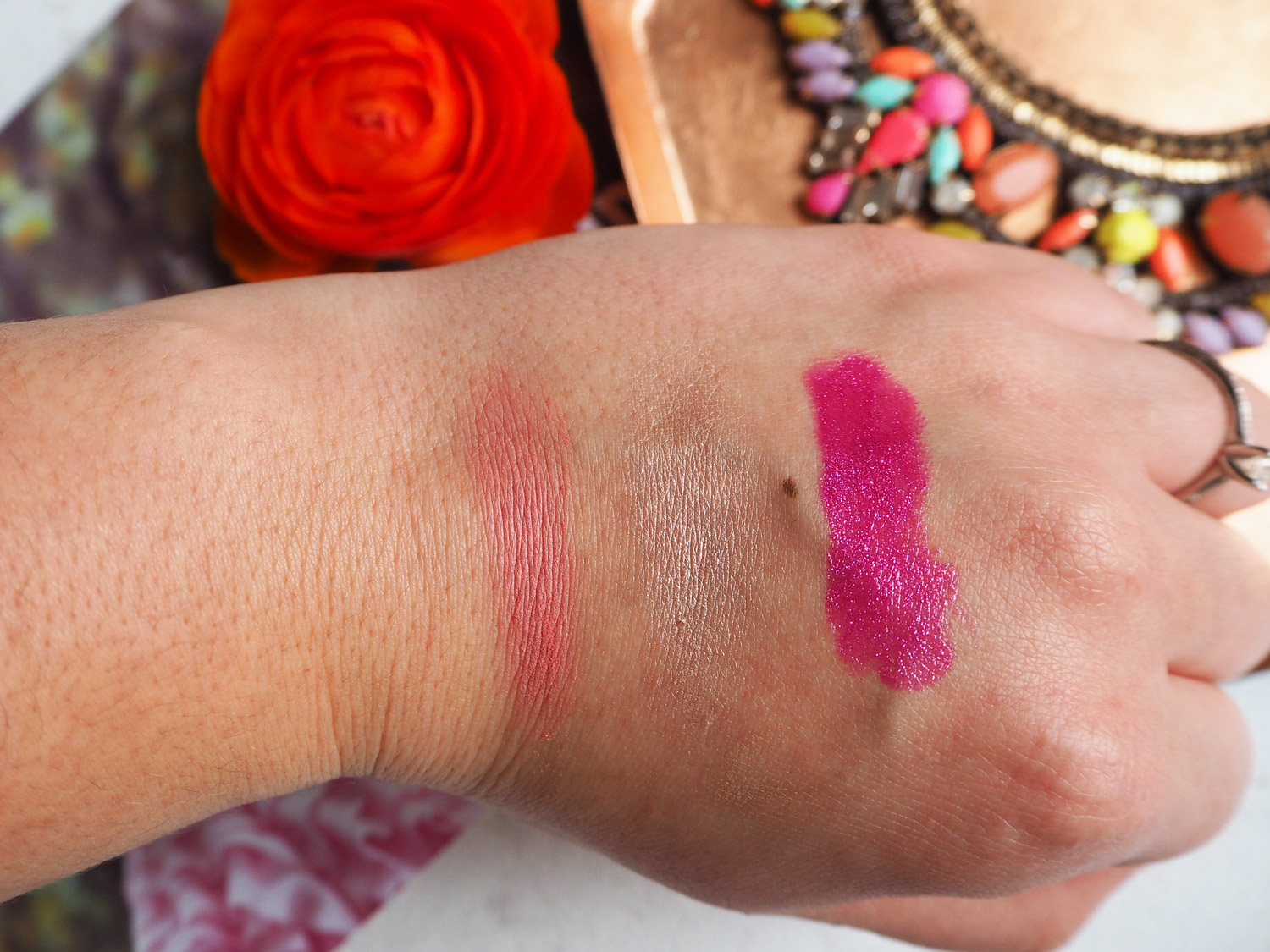 look-incredible-april-2016-product-swatches