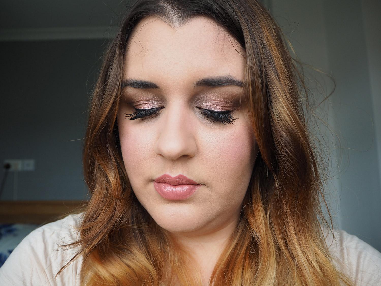 spring-makeup-look-pink