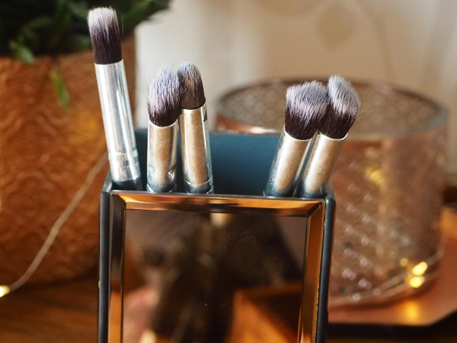 the-147-brushes