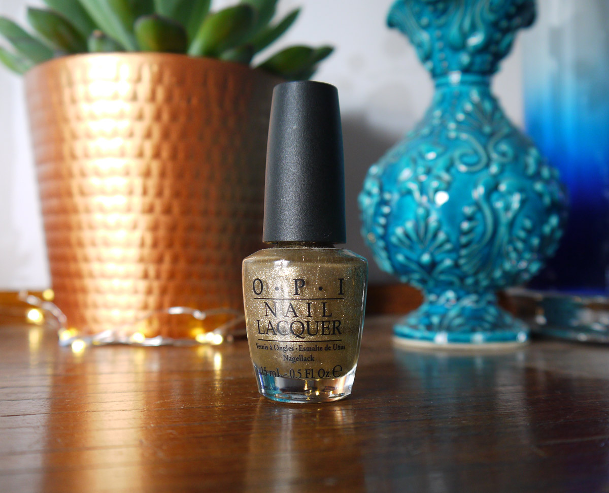opi-glitzerland-review-swatch