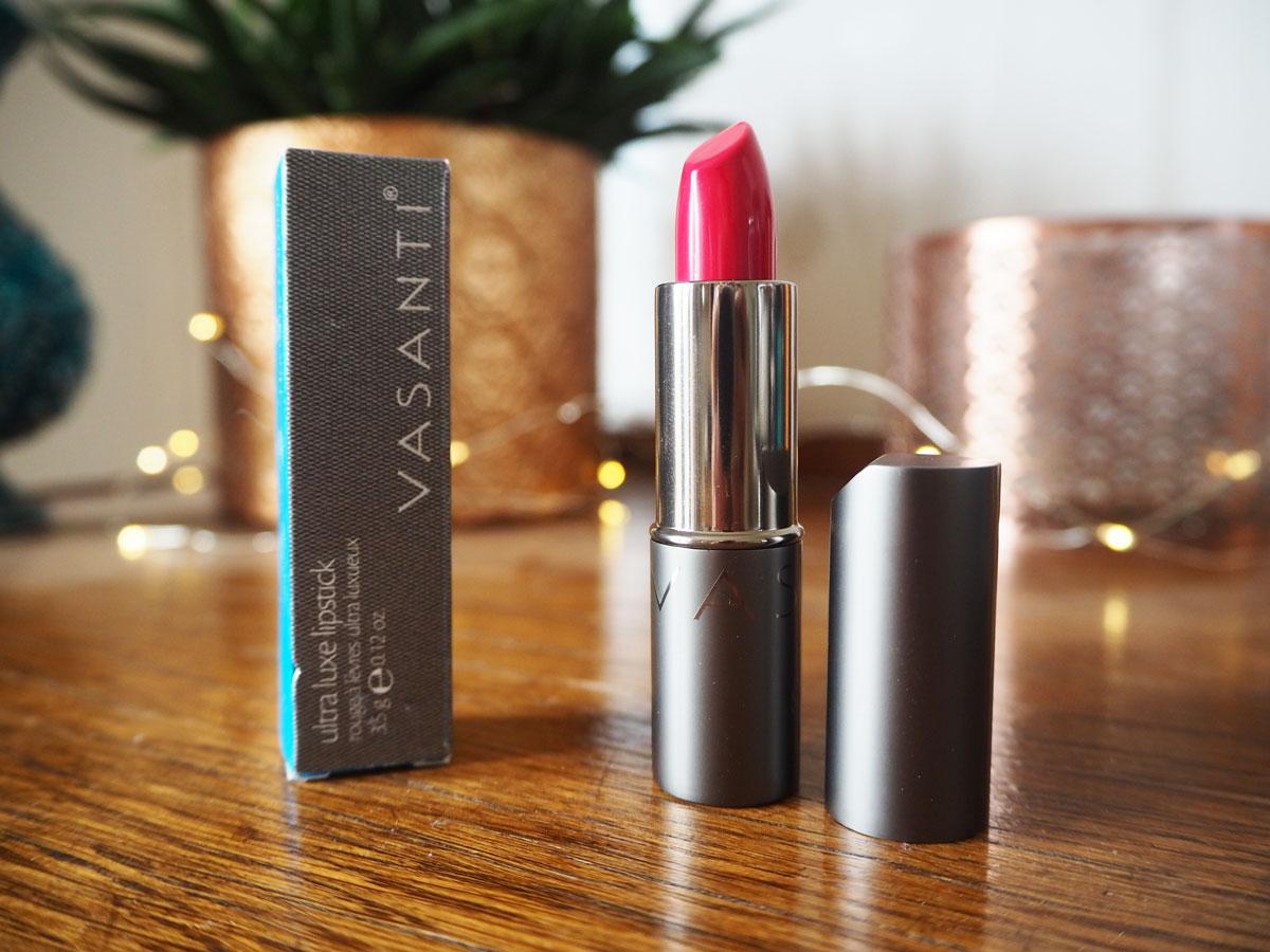 canadian-uk-makeup-swap-vasanti-hot-brit-lipstick
