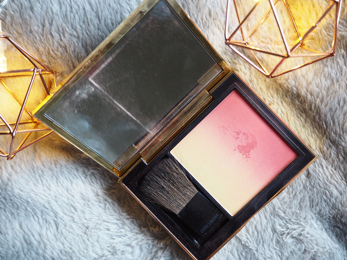 whats-in-my-carryon-makeup-bag-blush