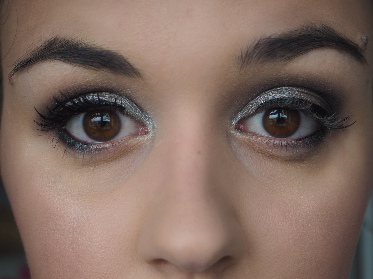 covergirl-supersize-mascara-1-coat