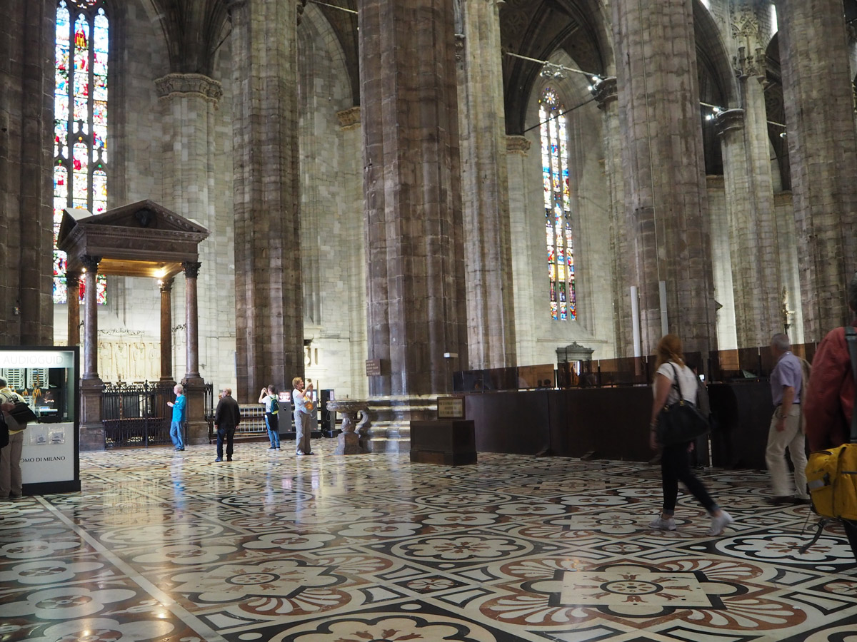 duomo-cathedral-floor-inside