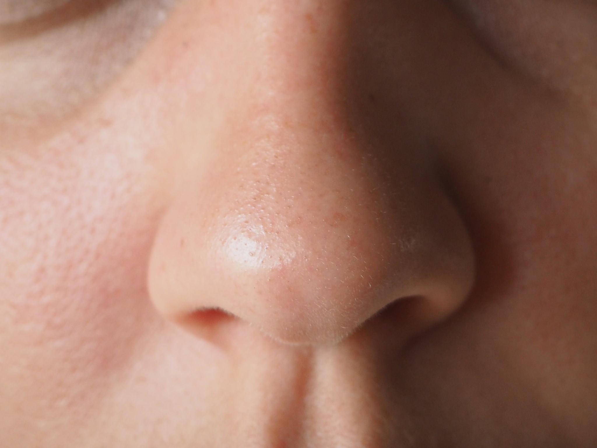 elizavecca-skincare-hella-pore-clean-up-face-mask-before