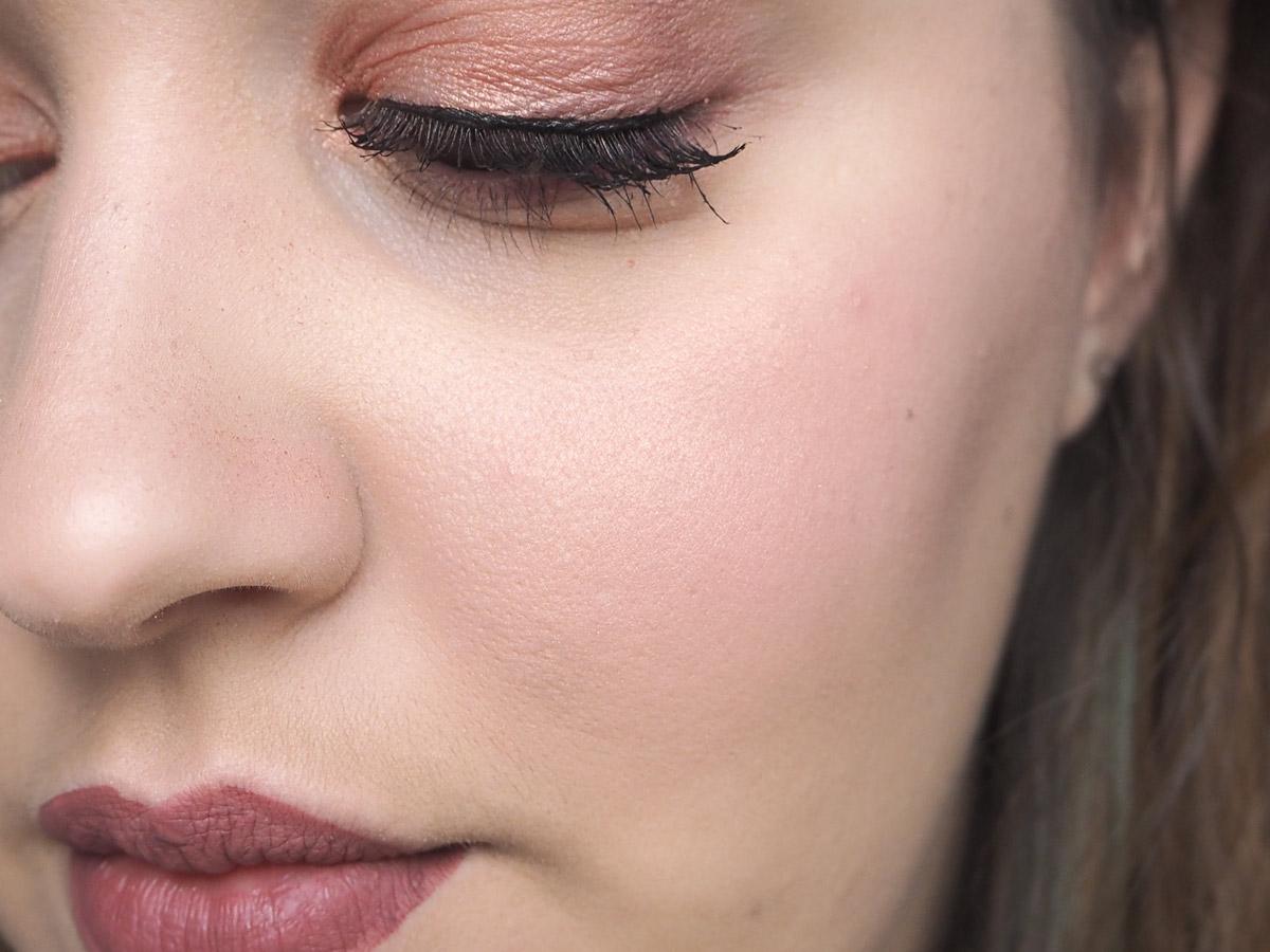 ex1-foundation-close-up