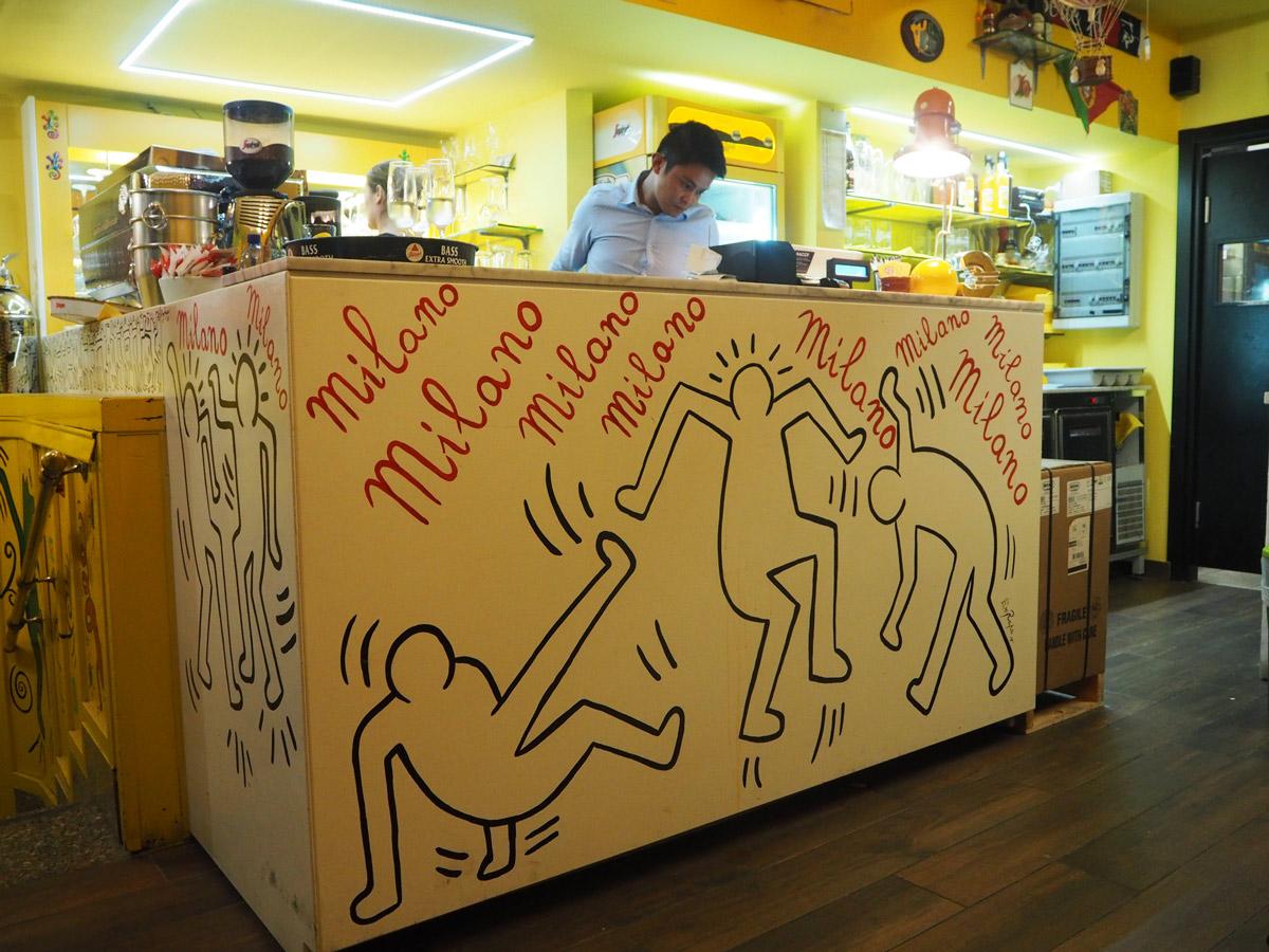 piz-restaurant-milan-bar
