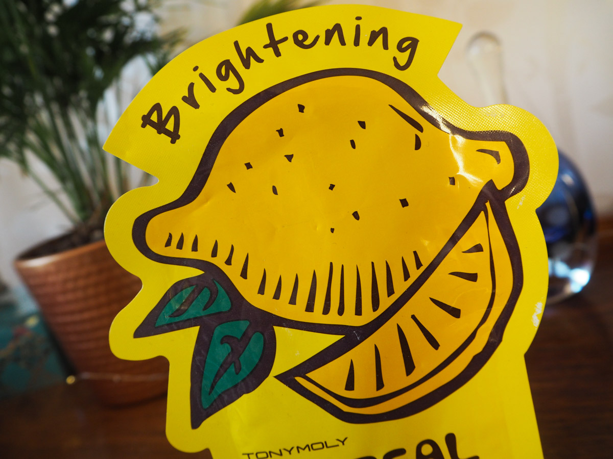 tony-moly-im-real-lemon-sheet-mask-brightening-3