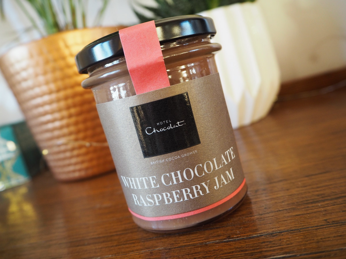 what-i-got-for-christmas-2016-hotel-chocolat-white-chocolate-raspberry-jam
