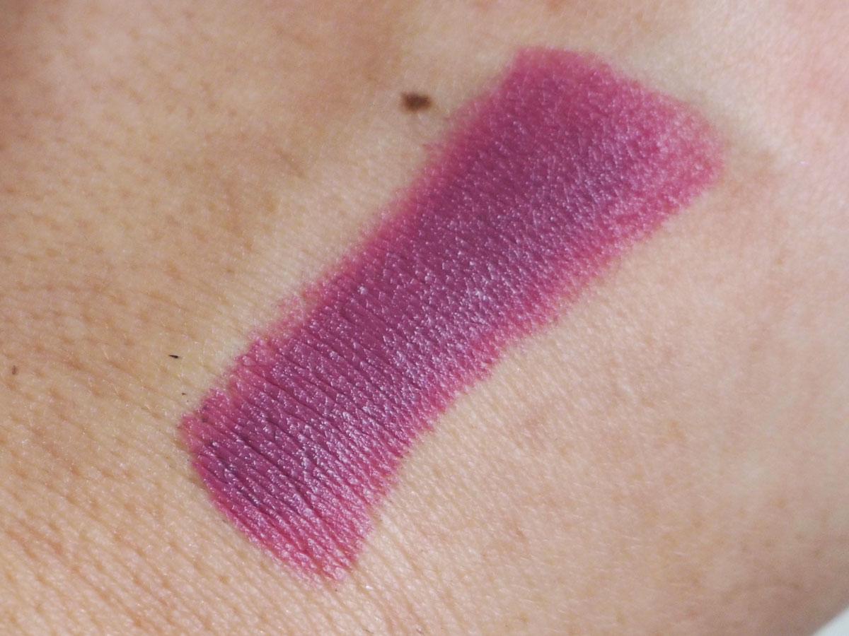 gerard-cosmetics-lipstick-enchante-swatch