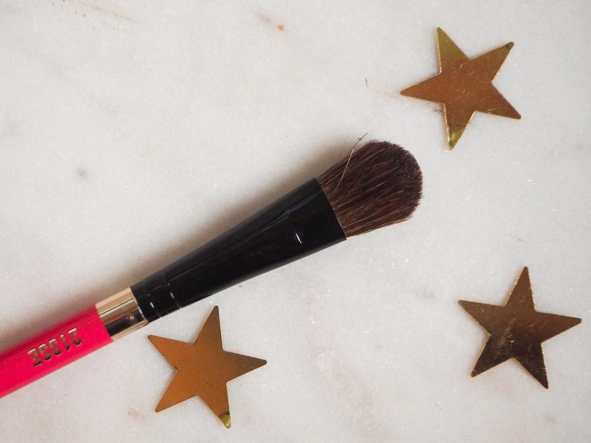 mac-nutcracker-sweet-warm-shadow-palette-7