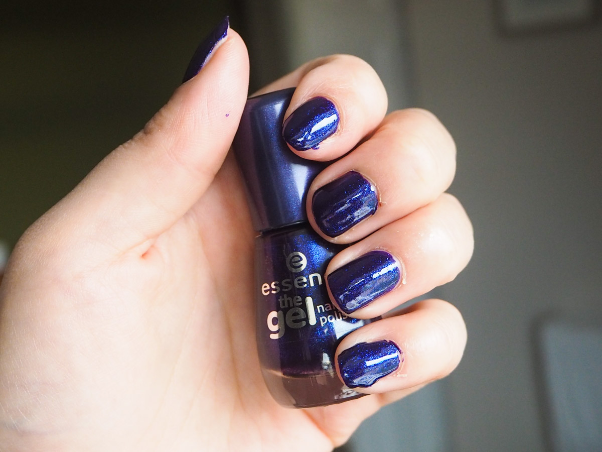 Essence Gel Effect Polish in Midnight Sky Review & Swatch