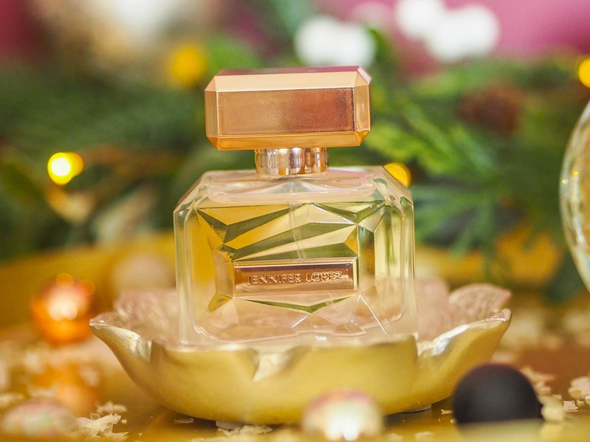Jennifer Lopez Promise perfume bottle