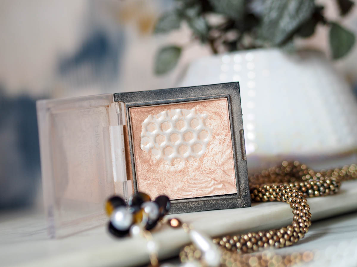 WetnWild Megaglow Highlighter in Precious Petals